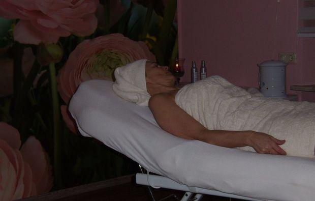 wellnesstag-fuer-zwei-waldmuenchen-massage