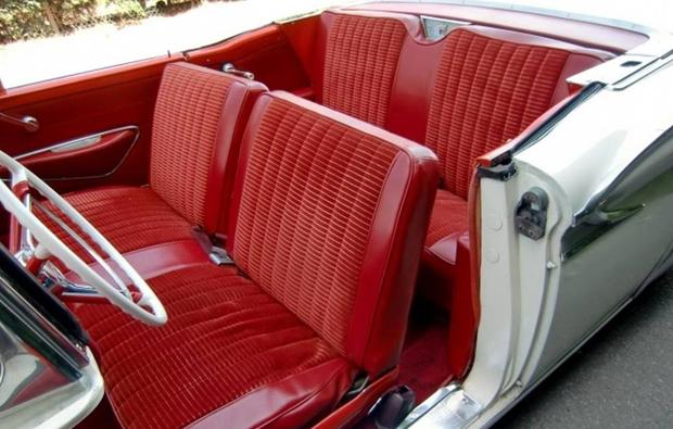 ford-fairlane-fahren