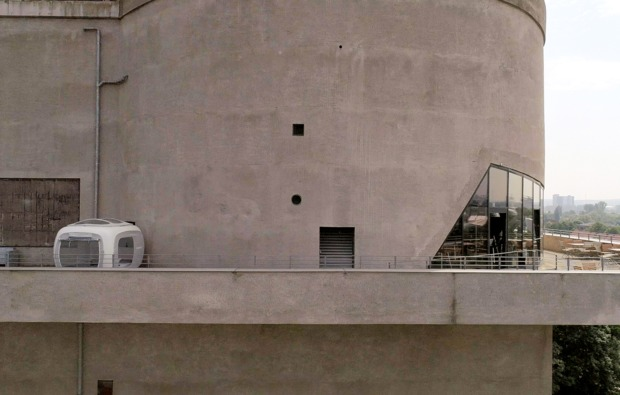 sleeperoo-cube-uebernachtung-hamburg-terrasse-energiebunker