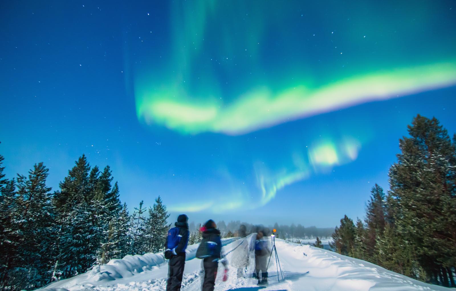 kurzurlaub-nordlichter-suche-lappland-bg6