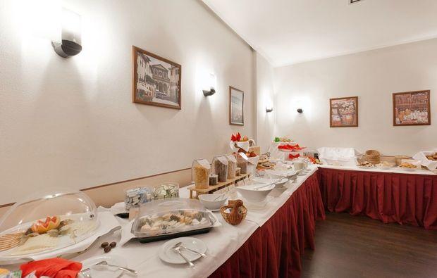 staedtetrips-dresden-buffet