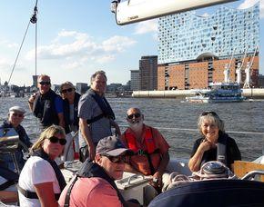 Halbtagestörn für zwei - Hamburg Elbe - ca. 4-5 Stunden