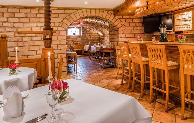 romantikwochenende-heigenbruecken-bar