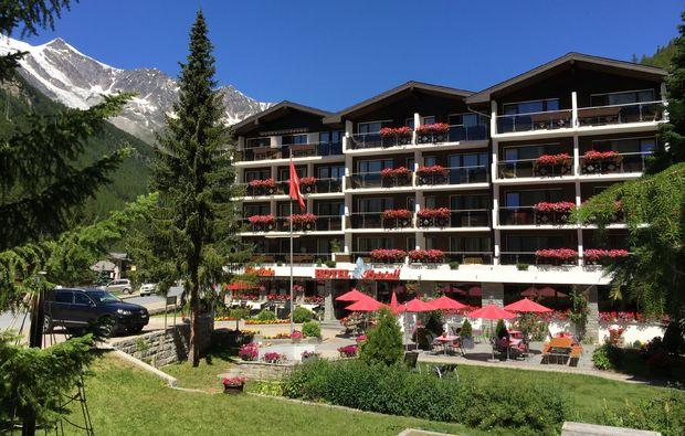 kurztrip-saas-almagell-hotel