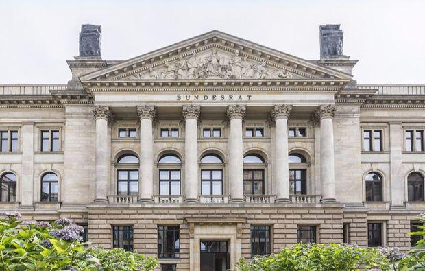 aussergewoehnliche-stadtrundfahrt-berlin-gebaeude