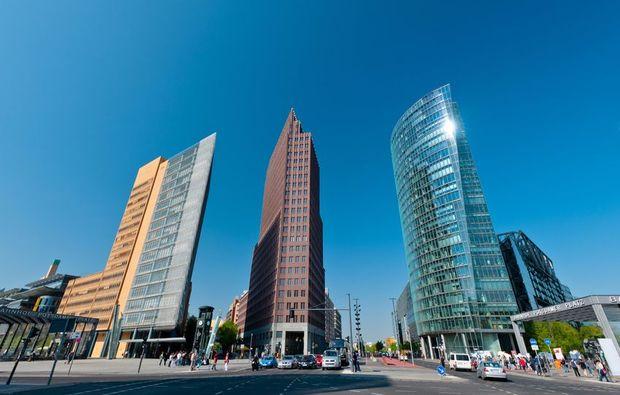 aussergewoehnliche-stadtrundfahrt-berlin-zentrum