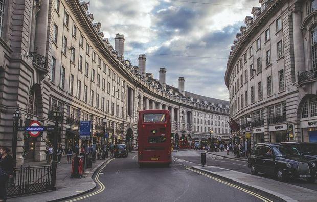 erlebnisreise-james-bond-tour-london
