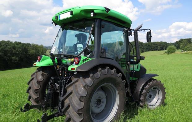 traktor-fahren-kuerten-deutz