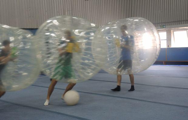 bubble-football-koeln-indoor