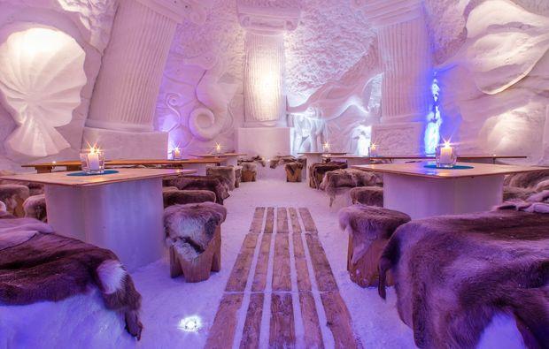 uebernachtung-im-romantik-iglu-oberstdorf-restaurant