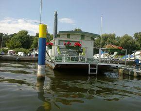 Übernachtung auf dem Hausboot für Zwei (Zauberhafte Unterkünfte / Übernachten mal anders) auf dem Hausboot