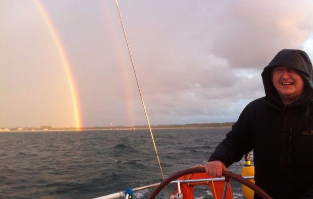 mondscheinsegeln-rostock-regenbogen