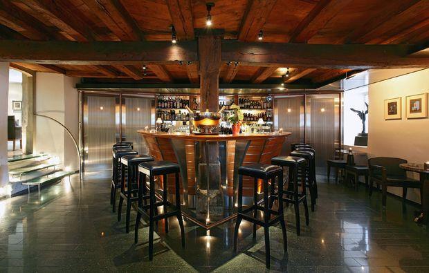 kuschelwochenende-kuesnacht-bar