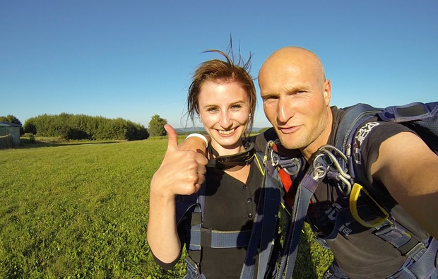 fallschirm-tandemsprung-miltenberg-mainbullau-adrenalin
