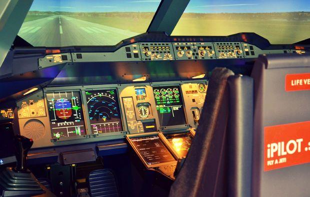 flugsimulator-hamburg-cockpit-2