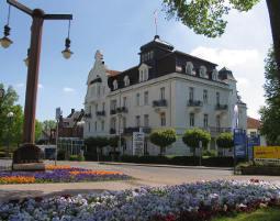 Kuschelwochenende (Voyage d´Amour für Zwei) Göbel's Hotel Quellenhof - 4-Gänge-Menü
