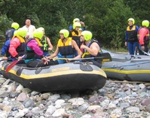 Rafting auf der Lammer oder Enns - Halbtagestour Abtenau Rafting auf der Lammer oder Enns - ca. 3,5 Stunden
