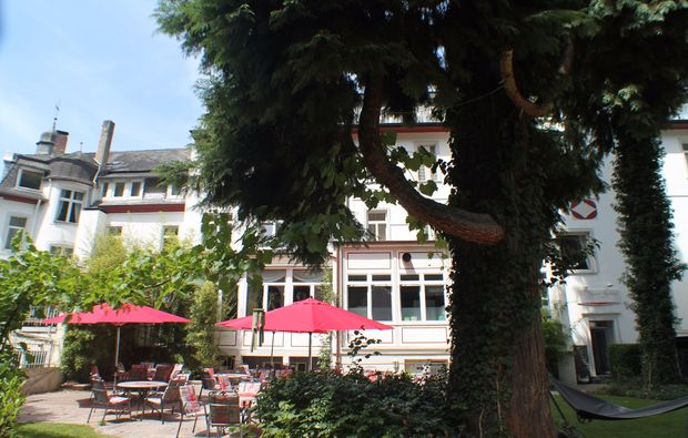 thermen-spa-hotels-bad-bertrich-terrasse