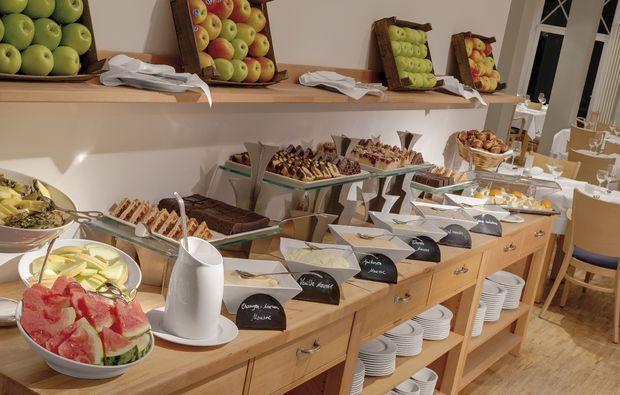 kuschelwochenende-rheinsberg-kleinzerlang-buffet