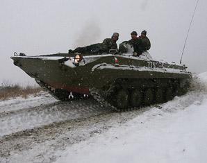 prag-fahren-schuetzenpanzer