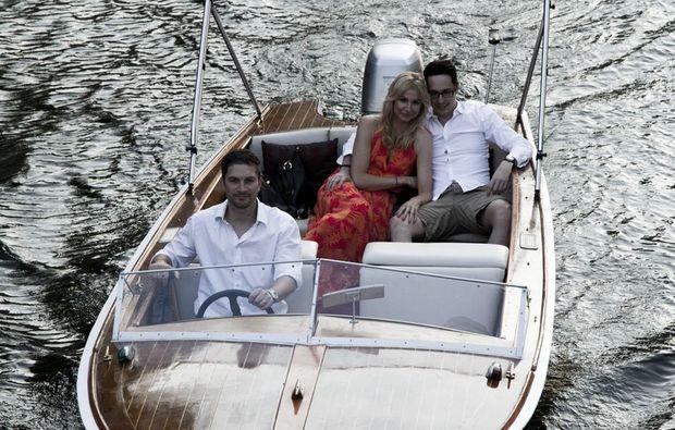 genuss-am-fluss-berlin-love-boat