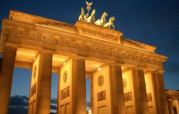aussergewoehnliche-stadtfuehrung-berlin-brandenburger-tor