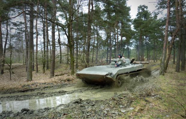 panzer-fahren-fuerstenau-bmp1