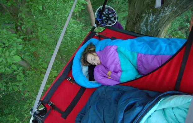 baumuebernachtung-schweinfurt-schlafsack