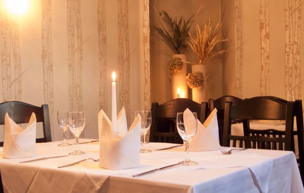 candle-light-dinner-fuer-zwei-dresden-candlelight