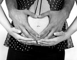 Bild Babybauch Shooting - Babybauchfotos als Erinnnerung an die schöne Zeit der Schwangerschaft