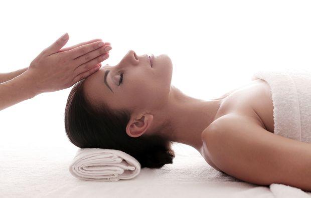 gesichtsmassage-erlangen-relaxing