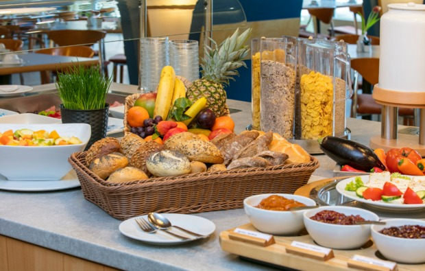 staedtetrips-berlin-buffet
