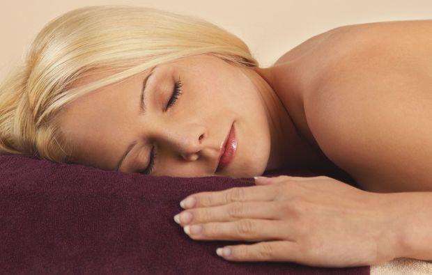 schwangerschaftsmassage-muenchen-entspannen