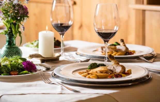 wellnesshotels-kirchberg-in-tirol-dinner