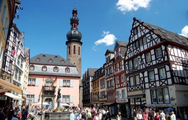 weinbergsrundfahrt-treis-altstadt