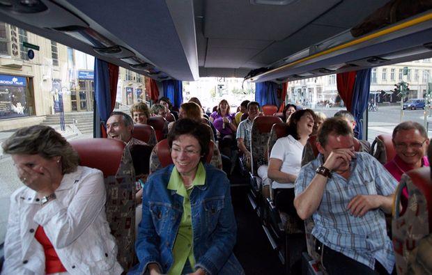 comedy-stadtfuehrung-berlin-bus