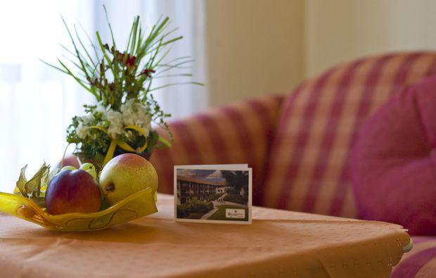 thermen-spa-hotels-bad-birnbach-obst-wohnzimmer