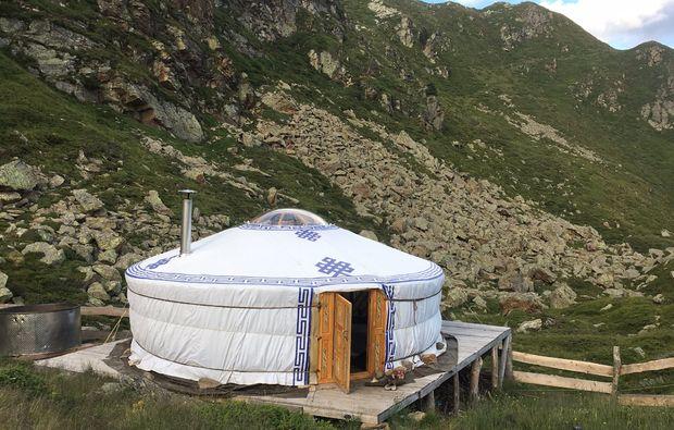 uebernachten-jurte-tessin