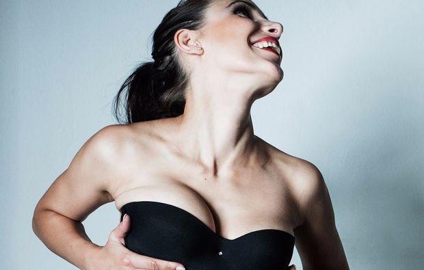 akt-dessous-fotoshooting-muenchen-erotik