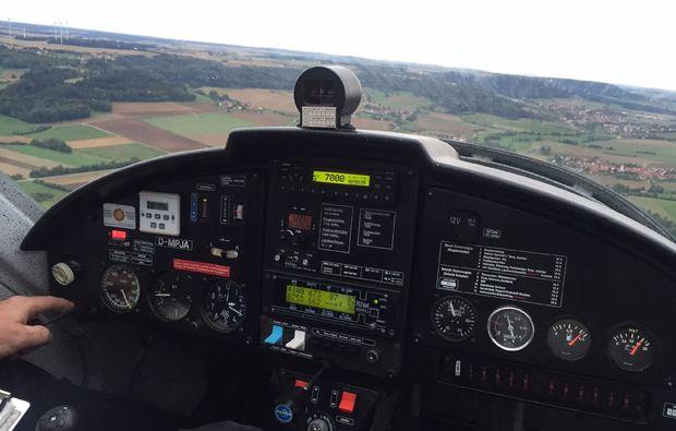 flugzeug-rundflug-greding-cockpit