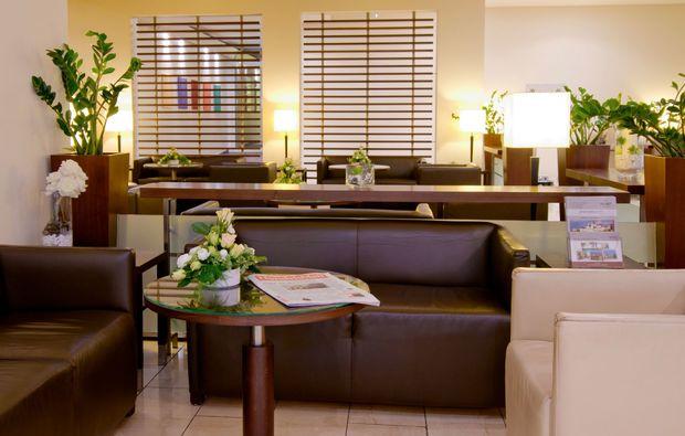 staedtetrips-wiesbaden-lobby