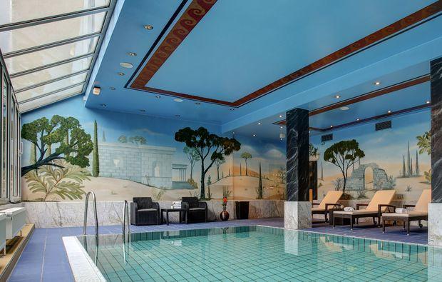 staedtetrips-bonn-pool