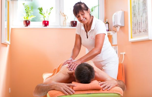 after-work-bad-fuessing-massage