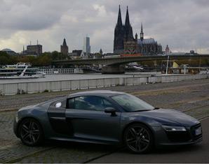 Audi R8 selber fahren mit oder ohne Instruktor - 60 Minuten 70 Minuten mit oder ohne Instruktor