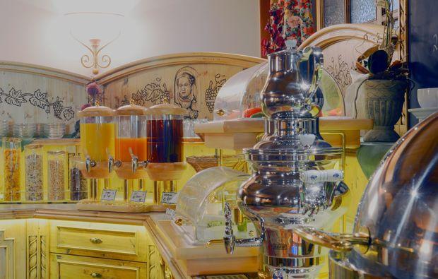 zauberhafte-unterkuenfte-altenkunstadt-buffet
