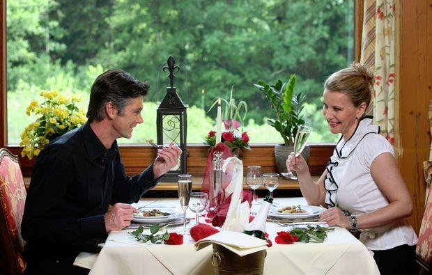 candle-light-dinner-fuer-zwei-unterreichenbach-abendessen