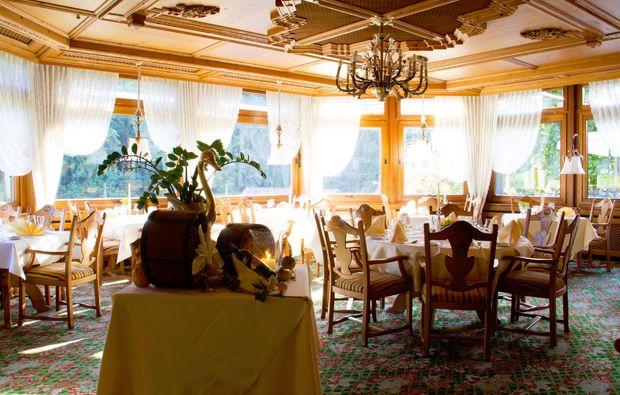 candle-light-dinner-fuer-zwei-unterreichenbach-speisesaal