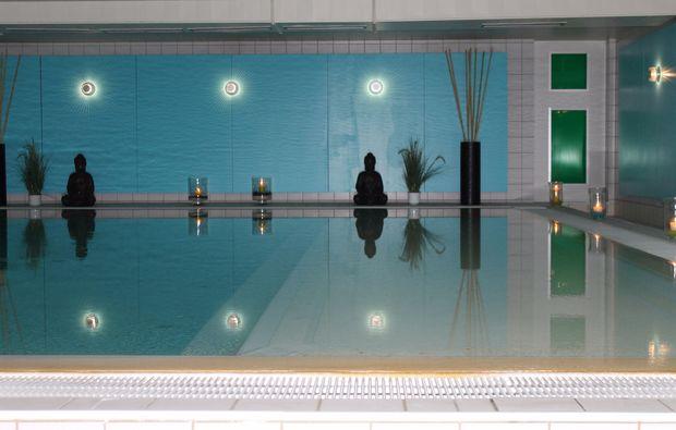 kuschelwochenende-bad-salzschlirf-pool