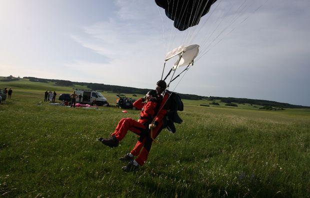 fallschirm-tandemsprung-kaufbeuren-bad-woerishofen-freifall