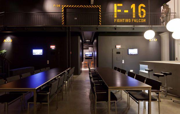 erlebnis-flugsimulator-f16-kampfjet-frankfurt